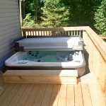 Outdoor Gallery Deck with Hot Tub