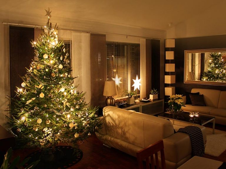 Holiday Decor for your open house